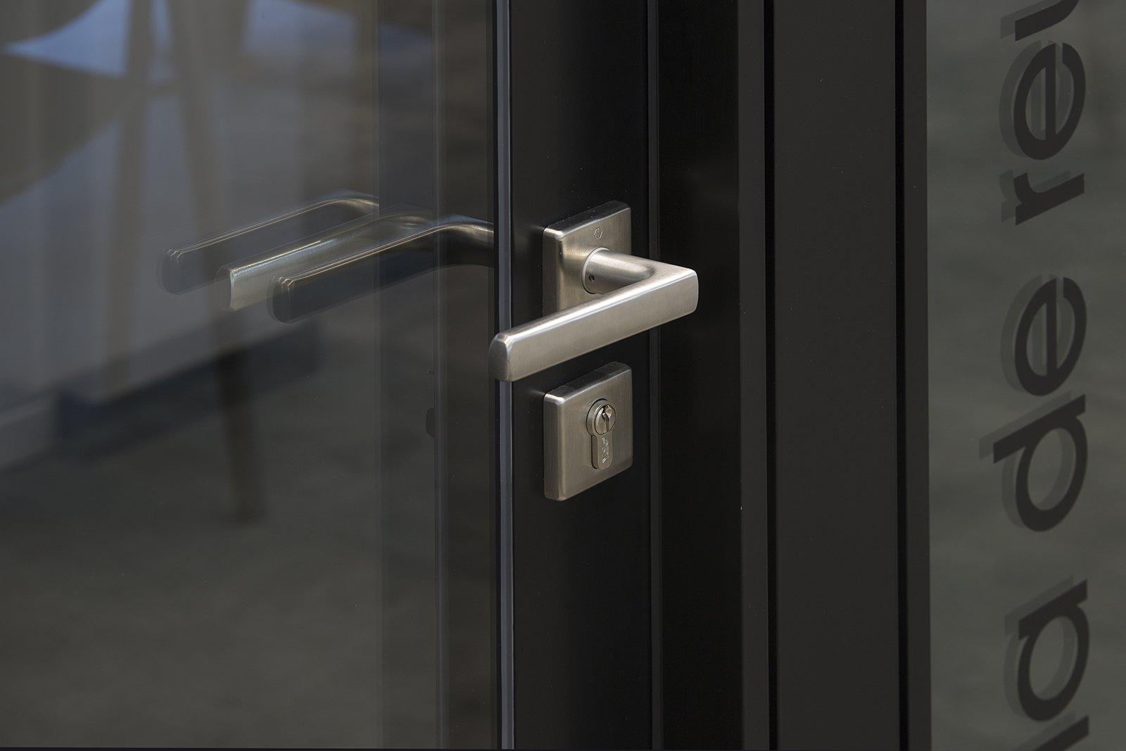 serie trebe puerta ST 420 6